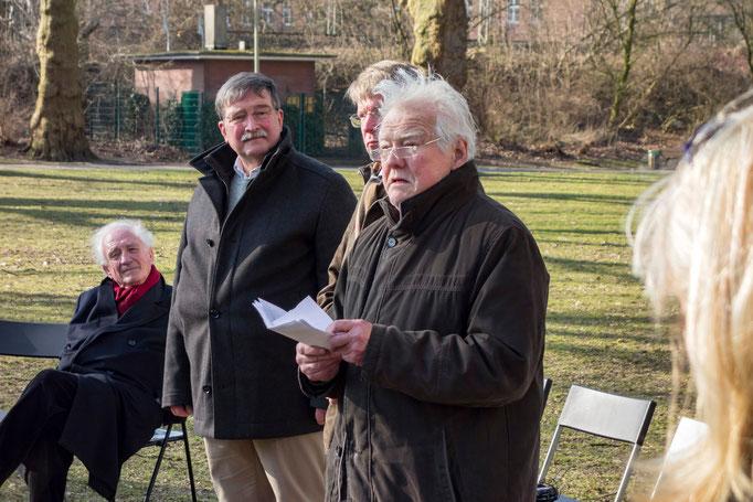 von vorne: Prof. Dr. Manfred Schneckenburger, Bürgermeister Franz-Josef Britz, KaM-Vorsitzender Dr. Volker Wagenitz