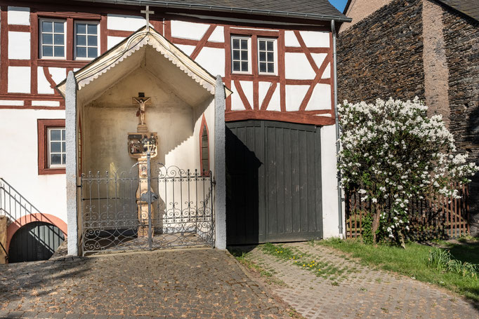 Fachwerkgebäude direkt oberhalb des Ferienhauses - Ferienhaus Bernkastel - Kues / Brauneberg