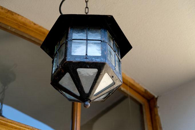 Stilgerechte Details - alte Lampe - Ferienhaus Brauneberg