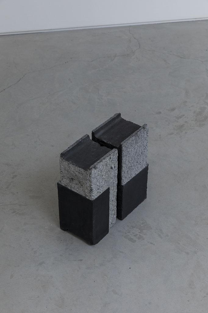 2018, untitled, graphite on briquete, 33x30x15