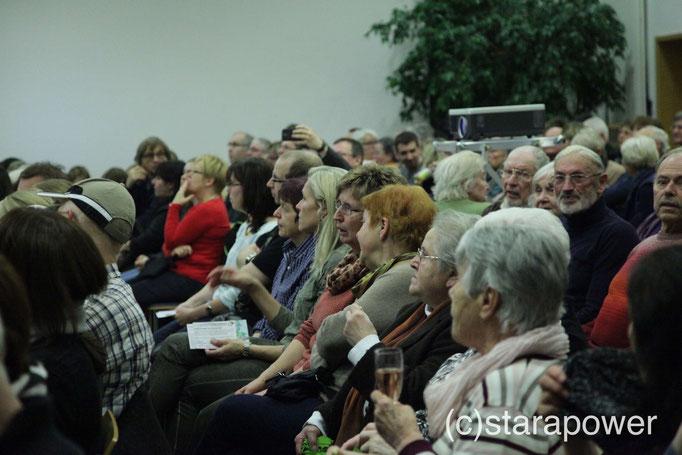 Ein aufmerksames, interessiertes Publikum