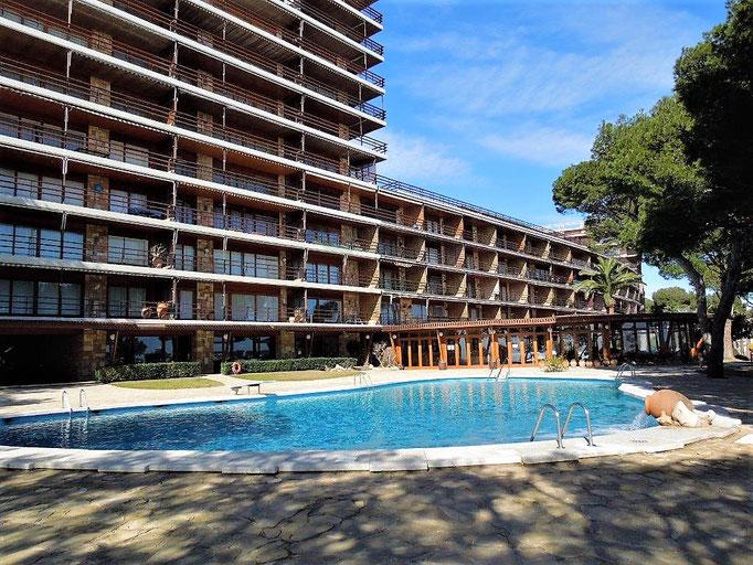 Эксклюзивный комплекс 3 бассейнами Еден Мар, Сант Антонио де Калондже