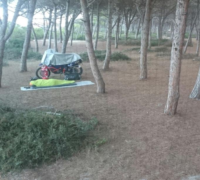 Sardinien Oktober 2015 hauptsache die KTM ist im Trockenen