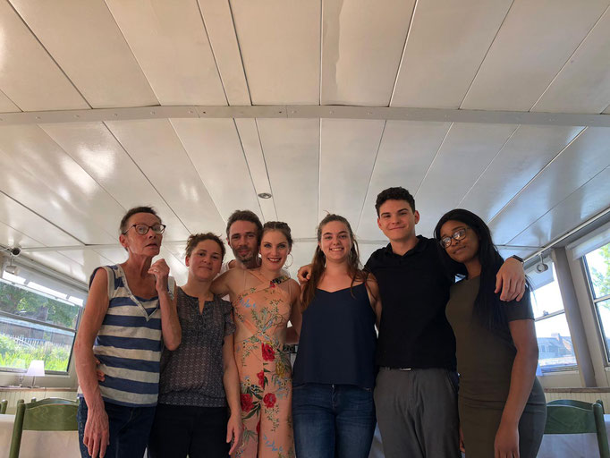Internship on a restaurant boat