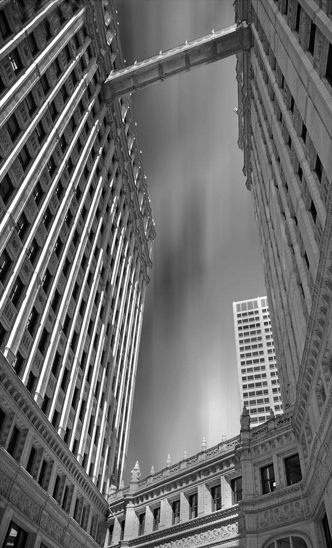 Nikon d200 |18mm | Chicago, USA | 2011