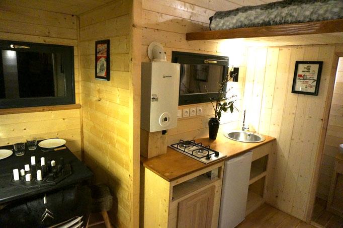 Cuisine + salle à manger tiny house by Jardin Boheme