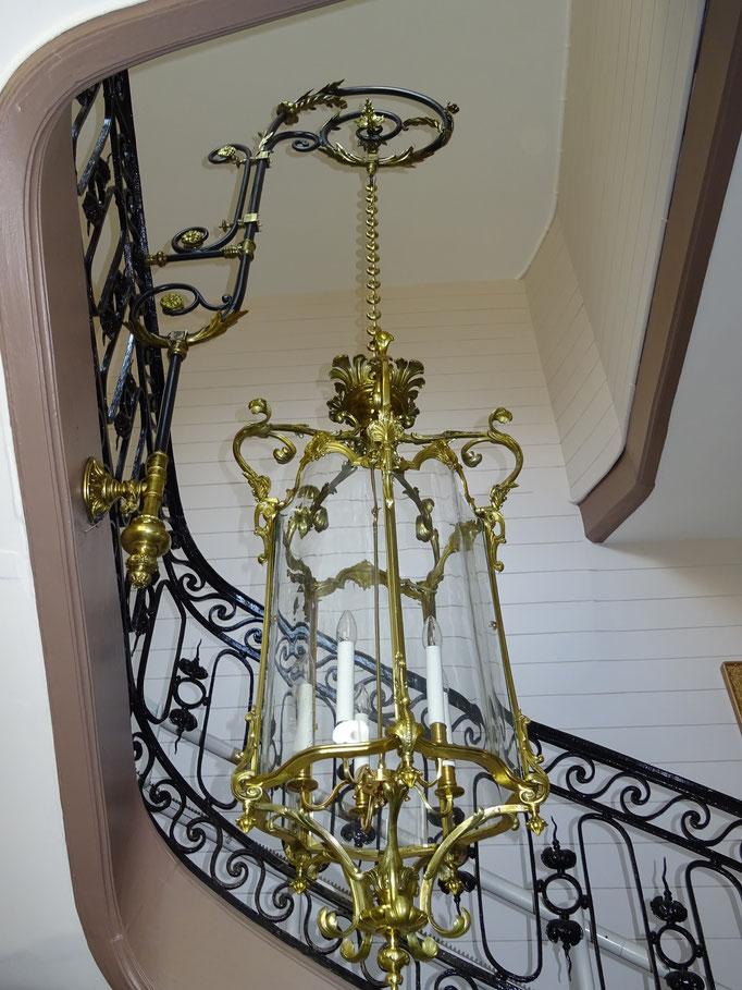 Lanterne LXV restaurée et création de son lustrillon dans le style LXV
