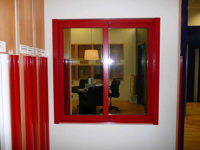 Carpintería de alumino: ventana corredera dos hojas