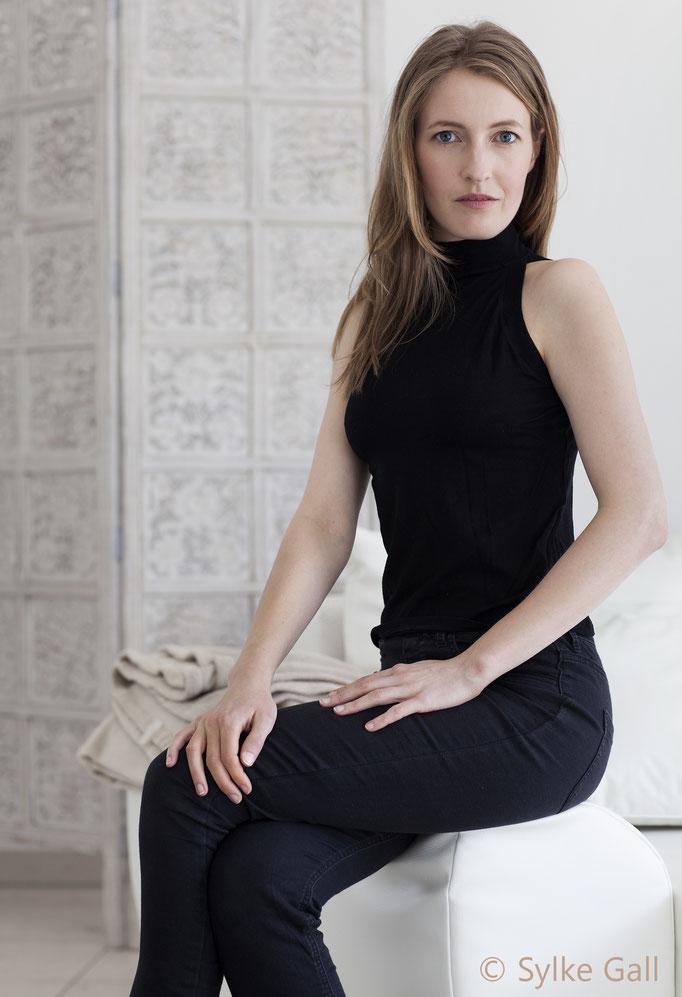 Joana Landsberg Ganzkörperbild von Sylke Gall 2015