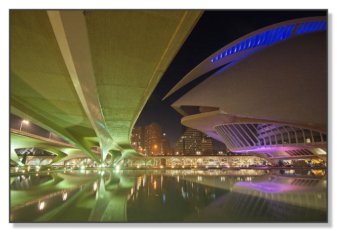 Oper und Brücke