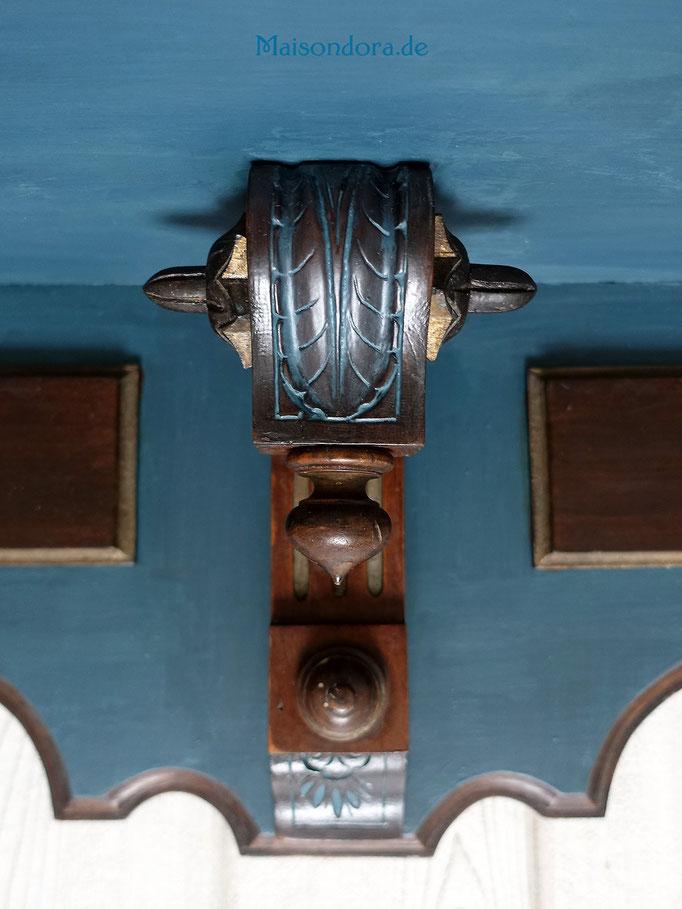 Historismus Wandbord Bohemian Blue