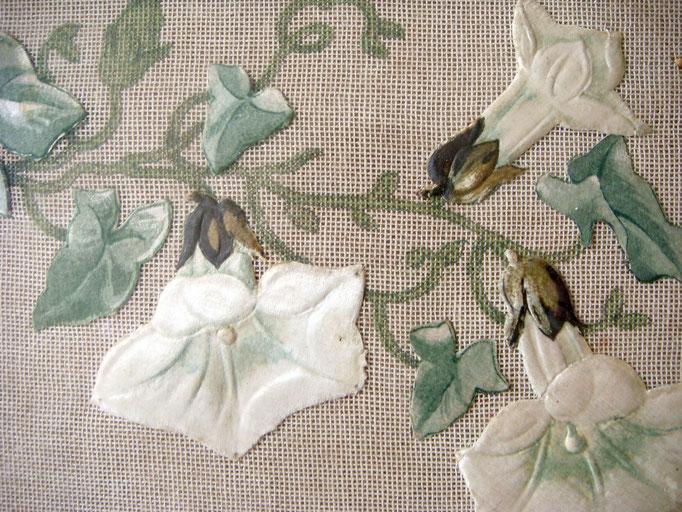 Antike Stickerei Handarbeit Glockenblumen