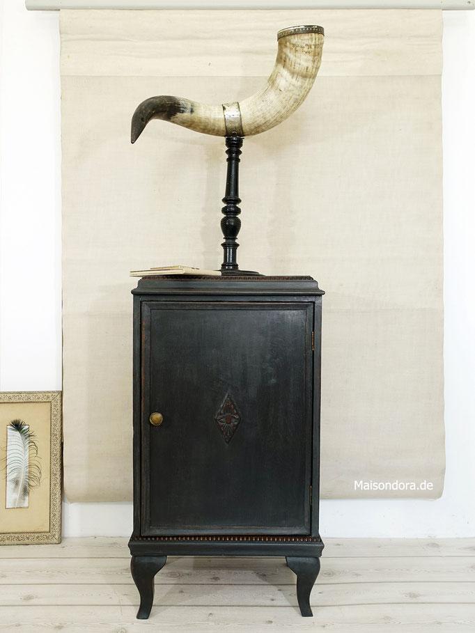 Antikes Schränkchen Shabby schwarz 1920