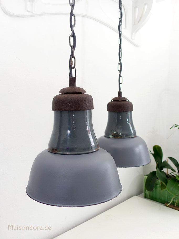 Antike Werkstattlampen Industrieleuchten Emaille 1900