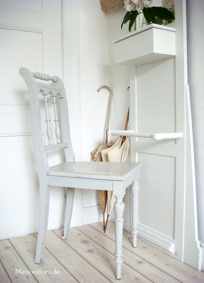 Antike Möbel antiker Stuhl Walzenstuhl Shabby Landhaus