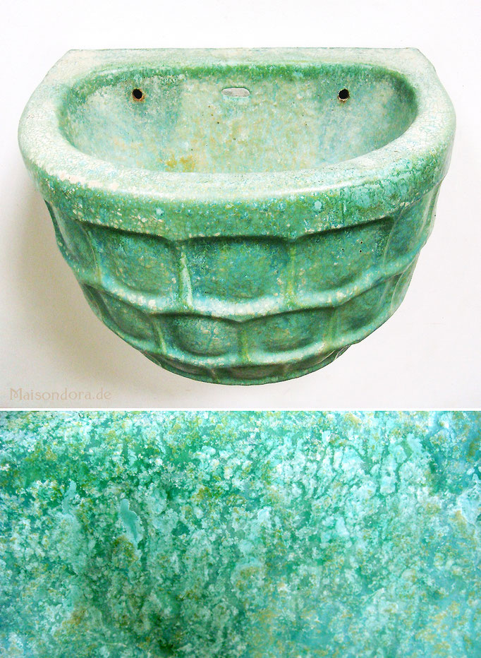 Antiker Wandbrunnen Jugendstil Keramik grüne Glasur