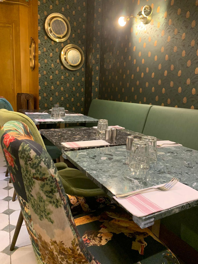 marie saiki papier peint villefranche beaujolais lyon panoramique vert ananas doré  orphée casamance