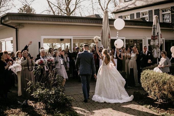 Tamada, Hochzeitsmoderation