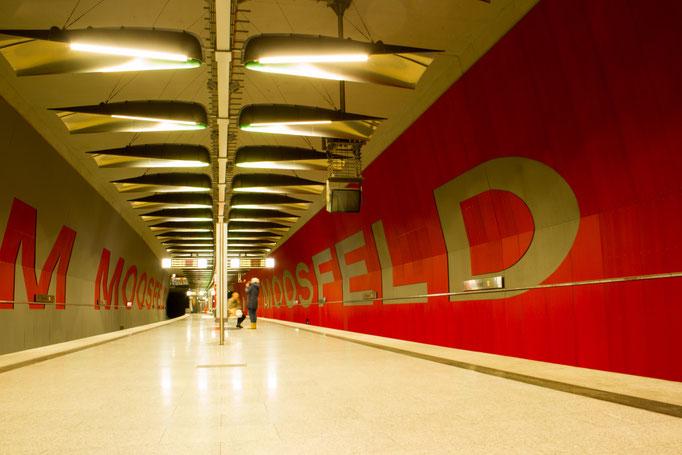 U-Bahnstation München am Moosfeld