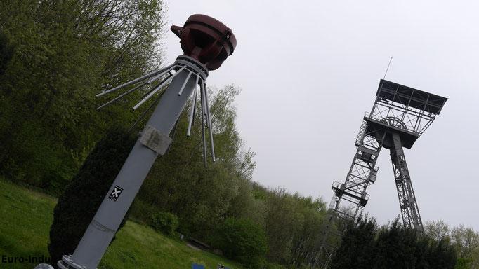 Durchschlagsichere Endamatur auch Protegohaube genannt von Schacht. 2. Schacht 2 wurde nach der endgültigen ausserbetriebnahme 1983 abgerissen