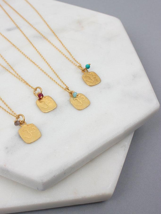 Om - Goldkette mit Stein & Om-Symbol