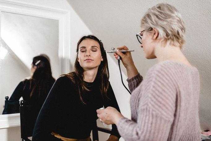 Brautmakeup Airbrush Hochzeits-Make Up