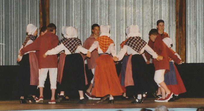 Avel Dro - Abadenn Ar Vugale 1997 Châteaulin