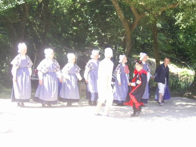 AVEL DRO - BAGAD PAGAN - Fest Bro Pagan 2012 - Guisseny