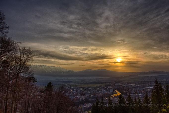 Sonnenuntergang über Thun   -N12-
