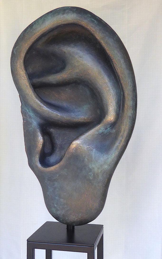 das Ohr, ca. 95x50x30, Bronze/Patina, 2018