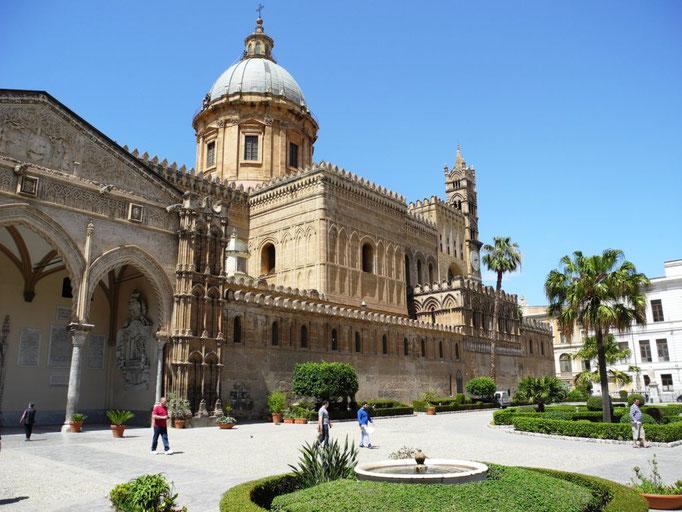 Der Dom Palermos, auch Maria Santissima Assunta genannt