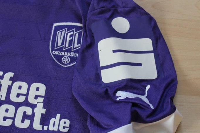 """VfL Osnabrück 2012/13 Heim, ursprünglich mit """"Fanoffensive"""" Badge (überflocked) Nr. 22 Thiel (Matchworn)"""