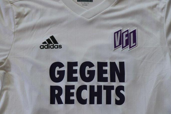 """VfL Osnabrück 2017/18 Sondertrikot """"gegen Rechts"""" (wurde nur für die Spieler und für den 32 Spieltag produziert) mit Autogramm, Nr. 29 Krasniqi (Matchvorbereitet gg. Rostock 31.3.18)"""