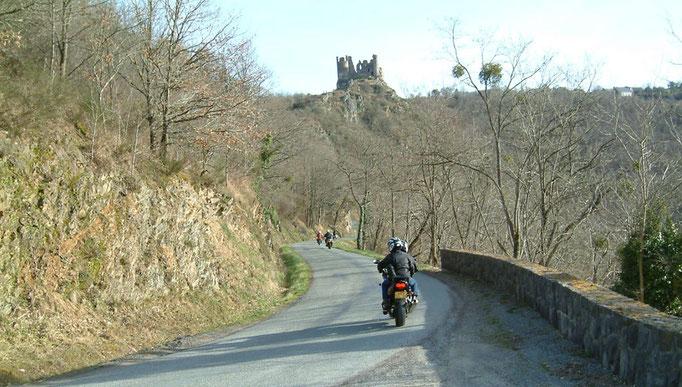 Vallée de la Sioule Château Rocher (Puy de Dôme)