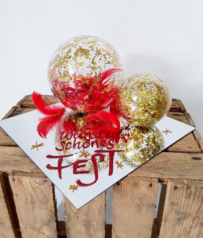 Frohes Fest. Geldgeschenk mit Ihrer Nachricht. Handarbeit vom Ballonladen. Dieses Dekogeschenk ist ein Unikat. Das tolle: Sie können hierin ein Geldgeschenk verpacken lassen. Die Message können Sie wählen.
