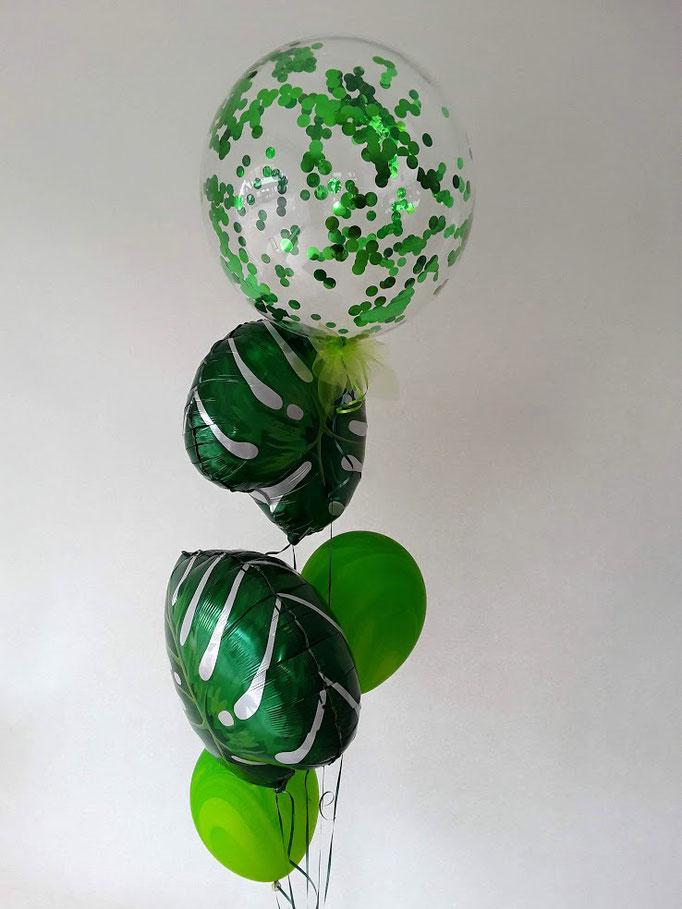 Go green. Einzigartige Blätter-Folienballons mit farblich passenden Latexballons und einen großen Konfettiballon.