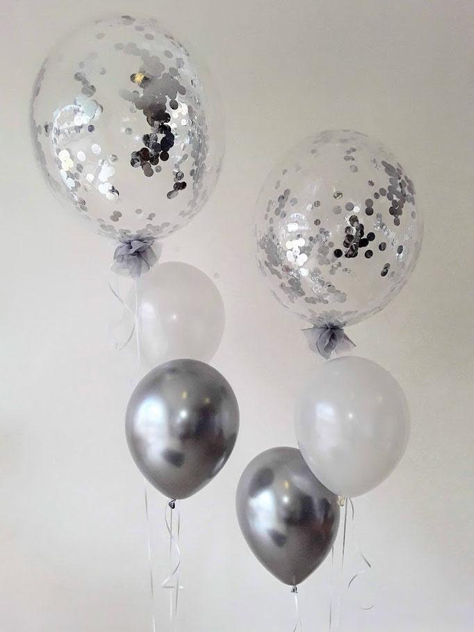 Edles Ballonbouquet in silber und weiß, natürlich mit SilberkonfettGlitzerballon.