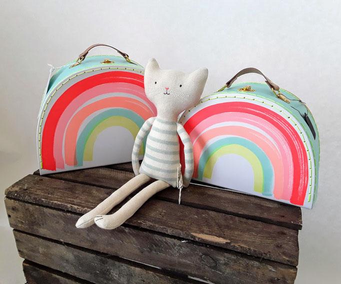 Handtasche und Katzenpuppe von Meri Meri.