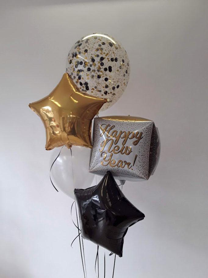 Happy New Year! Eine Kombination aus Glitzerballon, Ballonsterne, Würfel und Rundballons bildet ein einzigartiges Bouquet für Ihre Silvester Party!