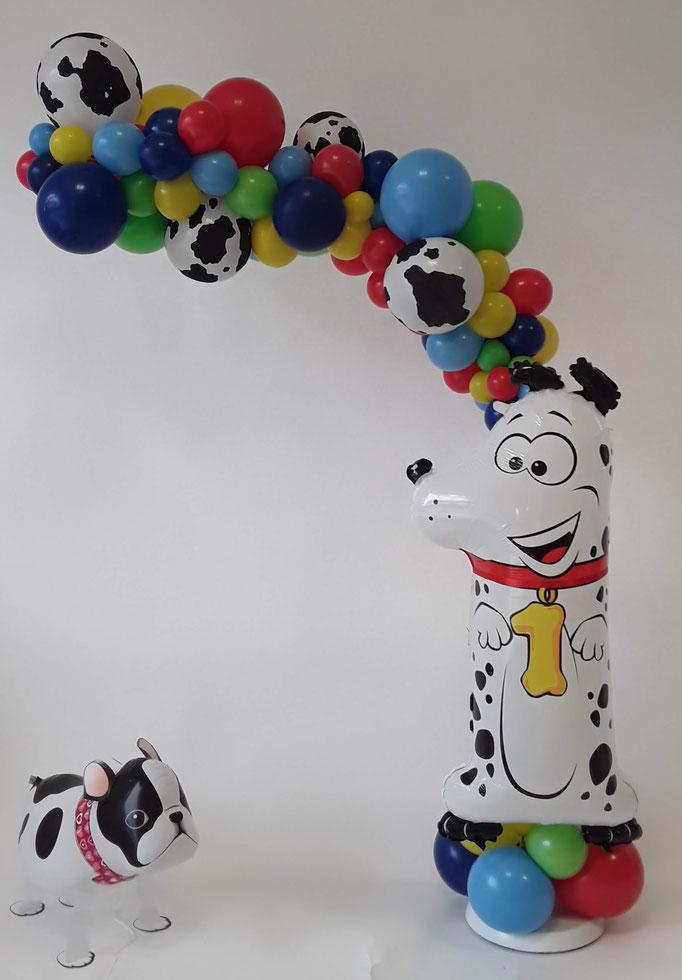 Organic Halbbogen zum 1. Geburtstag mit Bulldogge Airwalker. Viele Farbvarianten und alle Zahlen möglich.