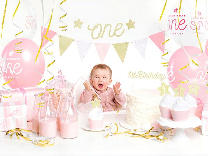 Babys 1st Birthday. Partydekoration und Partyequipment.