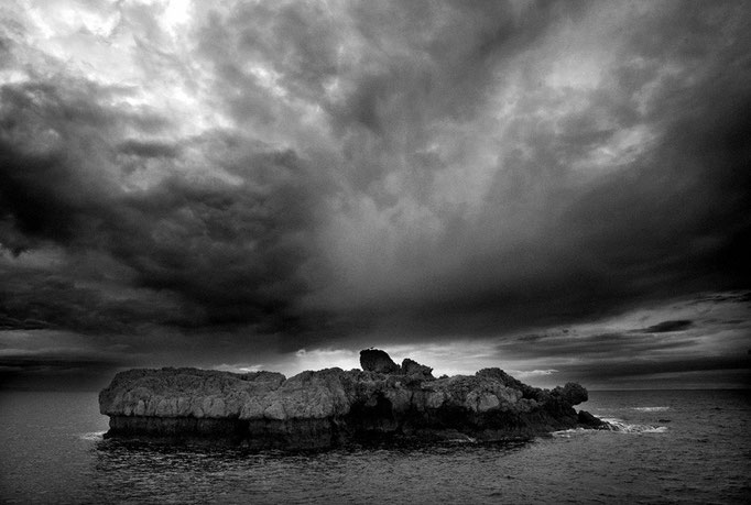 Photo by Carlo Riggi