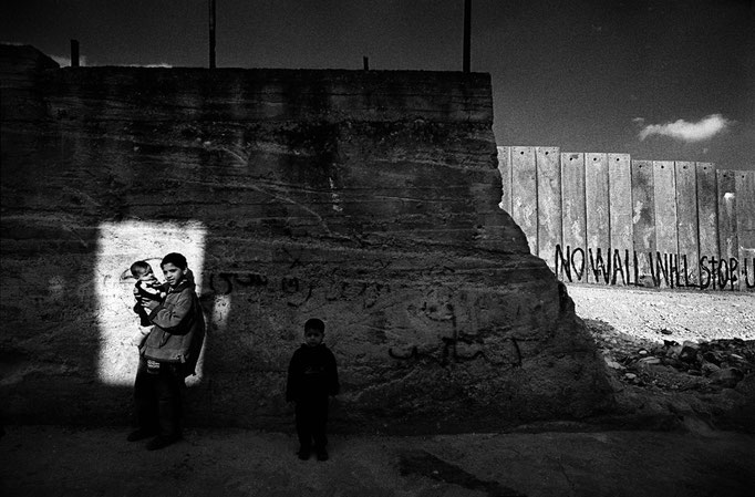 Francesco Cito - West Bank, The Wall in Aida Refugee Camp - Palestina 2005