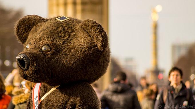 Berliner Bär am Brandenburger Tor