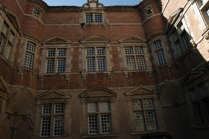 Une des belles façades anciennes du centre historique