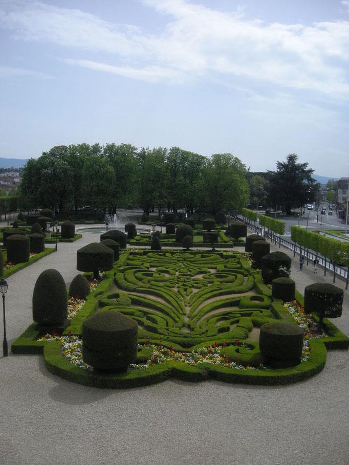 Jardins devant l'archevêché
