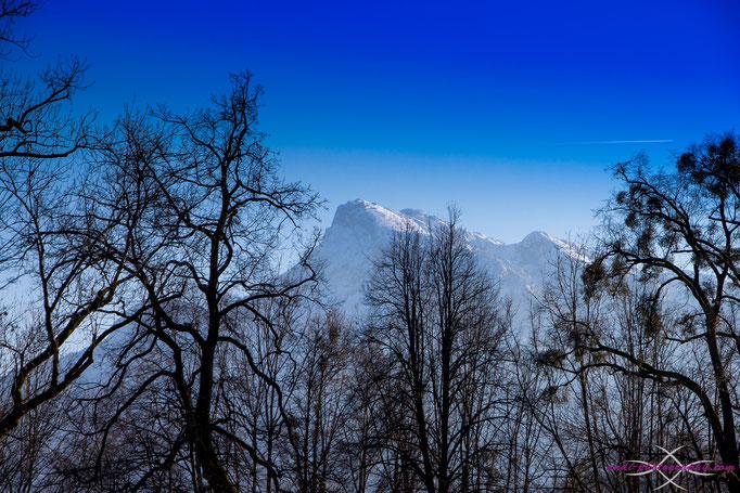 Blick vom Mönchsberg auf die Berge