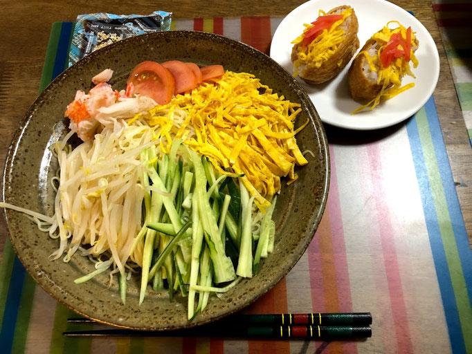 7月19日金曜日、Ohana夕食「冷やし中華、おいなりさん2個、すいか」