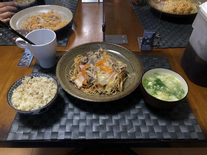 6月25日木曜日、Ohana夕食「皿うどん、たまごスープ(ねぎ、水菜)」