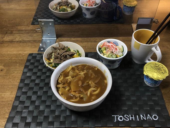 6月16日火曜日、Ohana夕食「カレーうどん、酢の物、野菜レバー炒め、ヨーグルト」